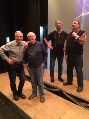 beim Aufbau am 6. Nov (Hubert Günther, Gustl Braun, Fritz Daikeler, Karl-Heinz Weithmann)